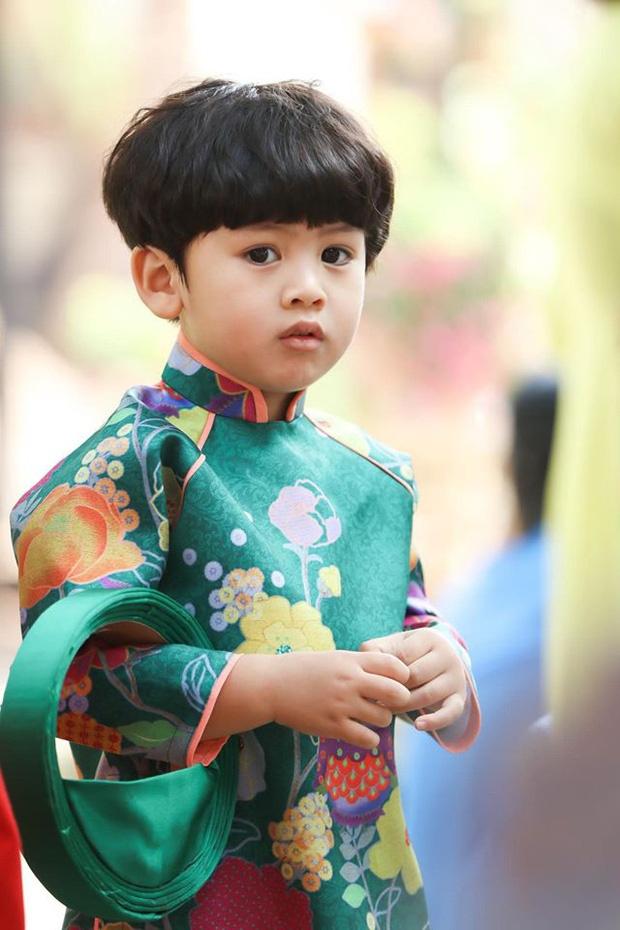 Con gai Hoai Lam va cac sao Viet mac ao dai don Tet hinh anh 7 8226838728173890016623495098641563542618112o_15792396529381597578545.jpg