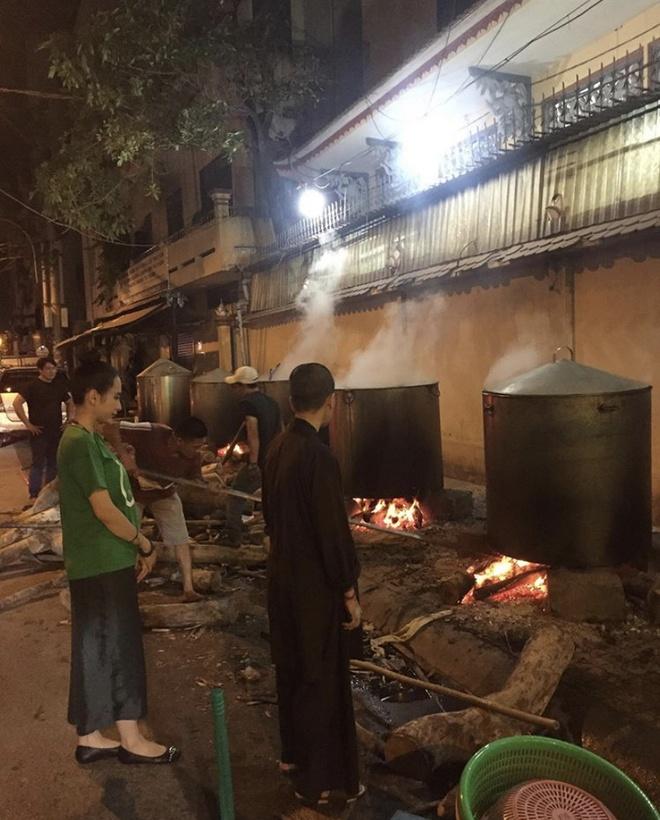 Angela Phuong Trinh goi banh chung, Duc Phuc sam hang hieu ngay Tet hinh anh 6 IMG_8273.jpg
