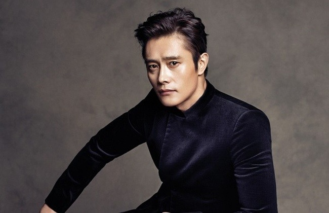 Lee Byung Hun du doan 'Parasite' gianh Oscar hinh anh 1