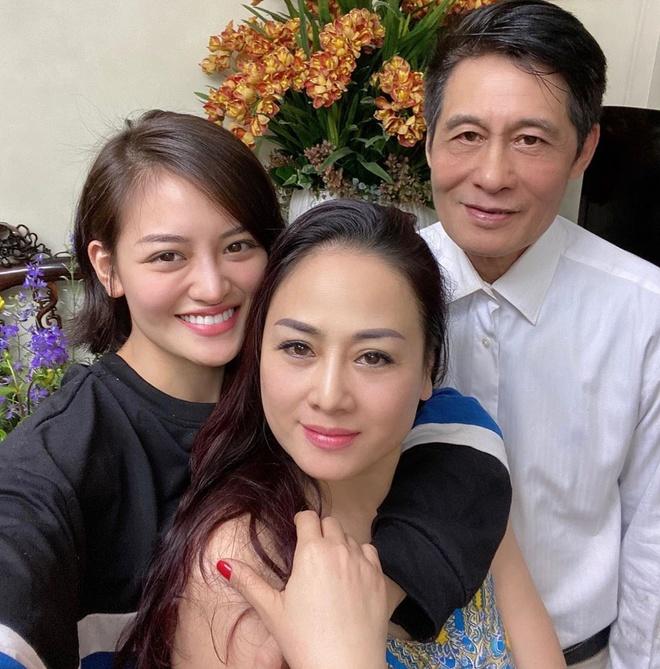 Tang Thanh Ha, Bao Anh khoe anh chup cung me dip Tet hinh anh 7