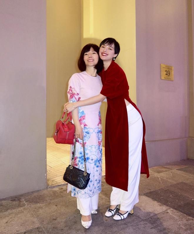 Tang Thanh Ha, Bao Anh khoe anh chup cung me dip Tet hinh anh 9 83892884_2535241783410926_7938243183950409419_n.jpg