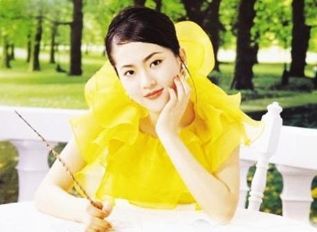 Nhan sac thoi tre cua a hau bi Jang Dong Gun phan boi hinh anh 8 mania_done_20190324004223_wxkf_5055_9093_1579423760_m_460x0.jpg