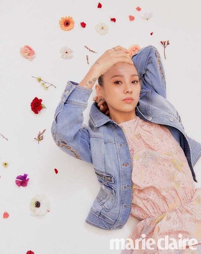 'Nu hoang goi cam' Lee Hyori tre trung tuoi 41 hinh anh 2 202002211019395180_d.jpg
