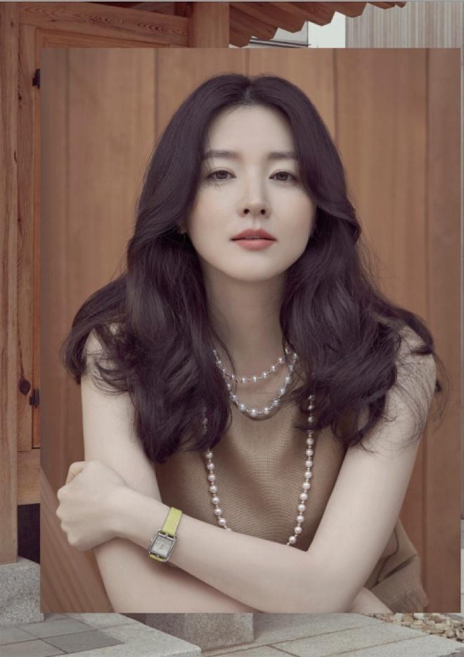 Lee Young Ae va nhieu sao Han quyen hang tram nghin USD vi Covid-19 hinh anh 2 4759_lee_young_ae_.jpg