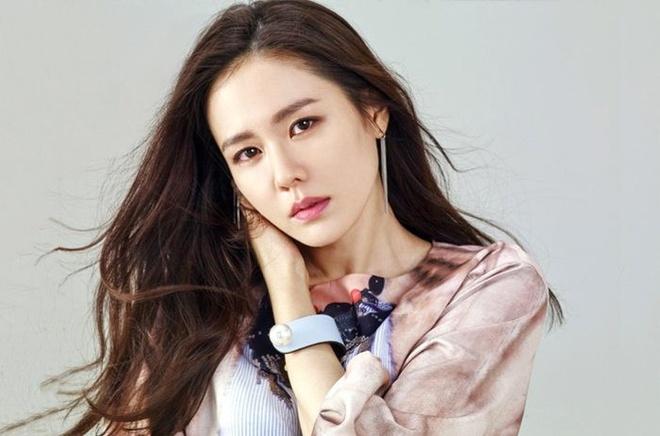 Son Ye Jin quyen gop gan 85.000 USD cho que nha Daegu hinh anh 1