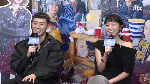 Dan sao 'The he Itaewon' livestream buoi hop bao hinh anh 9
