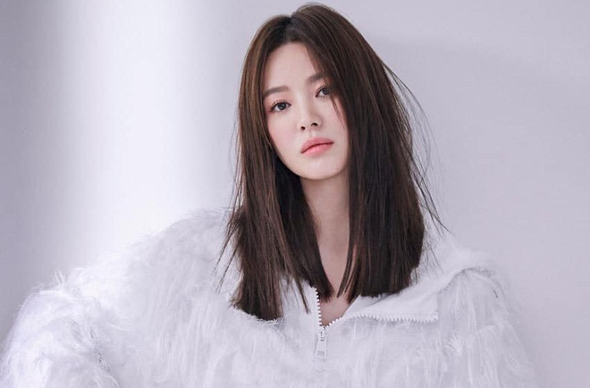 Song Hye Kyo buon ba, co doc sau ly hon hinh anh 3