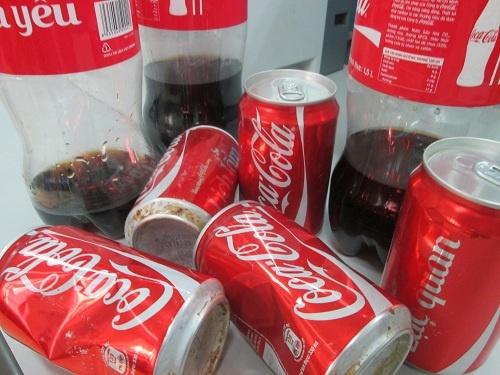 Dong Nai: Nhieu san pham cua Coca-Cola tu nhien xi gas hinh anh