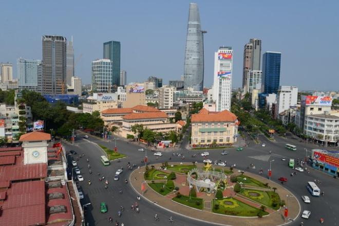 Pho mua sam duoi long dat hinh anh 1 Khu vực trước chợ Bến Thành và đường Lê Lợi nằm trong phương án xây dựng trung tâm thương mại ngầm dưới lòng đất.