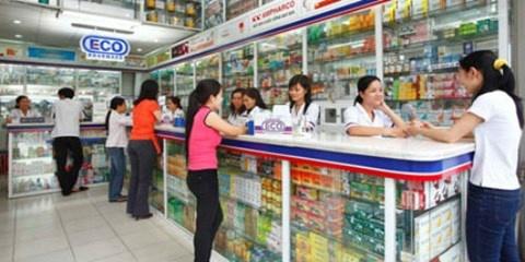 Các cửa hàng kinh doanh thuốc tây thu lợi nhuận cao. (Ảnh mang tính minh họa).