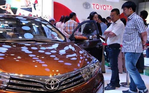 Toyota de xuat: Ho tro ty do san xuat oto tai Viet Nam? hinh anh