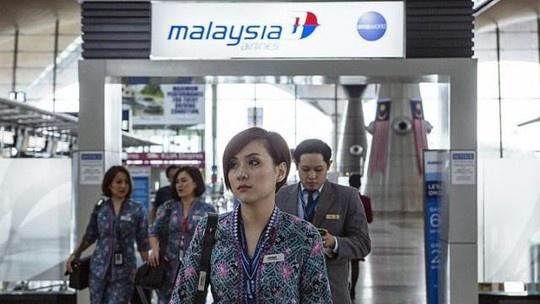 Malaysia Airlines sap sa thai toan bo 20.000 nhan vien hinh anh
