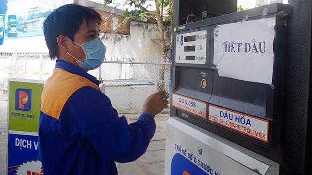 Petrolimex tang loi nhuan, giam ty le so huu nha nuoc 65-75% hinh anh