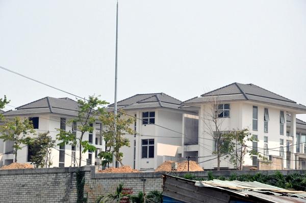 Nha giau Ha Noi bo tien mua dat vang Da Nang hinh anh 2 Nhiều căn hộ cao cấp ven biển cũng được các đại gia Hà Nội quan tâm.