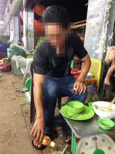 """Khon don vi tin dung den hinh anh 1 Anh N.V.S từng buôn bán lớn ở chợ đầu mối nhưng giờ trắng tay vì """"tín dụng đen""""."""