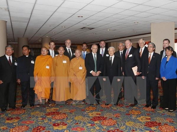 Tong Bi thu Nguyen Phu Trong tiep lanh dao ton giao Hoa Ky hinh anh 1 Tổng Bí thư Nguyễn Phú Trọng tiếp các lãnh tụ tôn giáo Hoa Kỳ và đại diện Viện Liên kết Toàn cầu. (Ảnh: Trí Dũng/TTXVN).