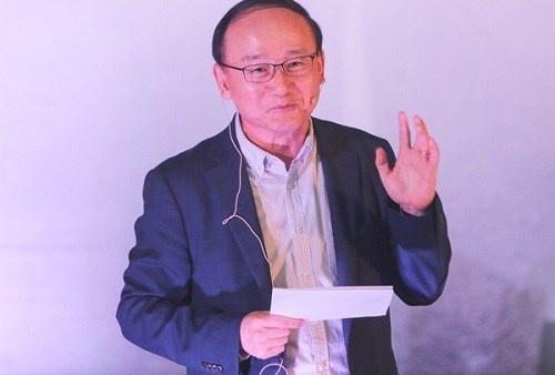 Ông Han Myoung Sup, Tổng Giám đốc khu tổ hợp sản xuất Samsung.