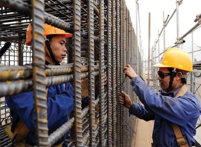 Gioi chu de nghi chi tang luong toi thieu vung 10% hinh anh 1 Theo VCCI, đại diện các tổ chức cho giới chủ đề nghị chỉ tăng lương tối thiểu vùng năm 2016 ở mức 10%.