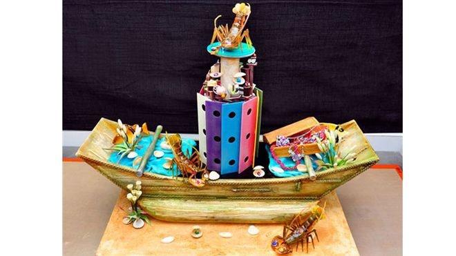 """9 chiec banh dat nhat hanh tinh hinh anh 7 Chiếc  bánh """"Giấc mơ cướp biển"""" Vua đầu bếp Chef Dimuthu đã làm ra một chiếc bánh đạt kỷ lục chiếc bánh đắt nhất thế giới vào năm 2012. Chiếc bánh này được thiết kế trông giống như con tàu cướp biển, trong đó có"""