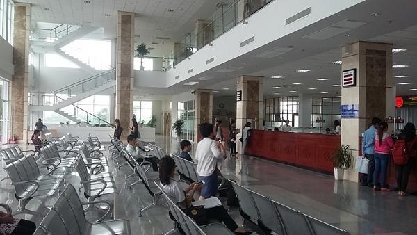 Nop thue dien tu: Loi 3 trieu USD hinh anh 1 Phòng giao dịch thuế của Cục thuế TP HCM giờ vắng tanh vì kê khai và nộp thuế đa phần là điện tử.