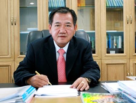 CEO Eximbank xin rut tham gia HDQT truoc dai hoi co dong hinh anh 1 Ông Phạm Hữu Phú, CEO Eximbank xin rút khỏi danh sách ứng cử vào HĐQT. Ảnh: NDH.