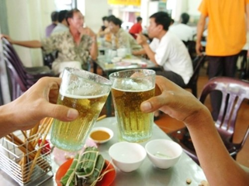 Ban sach 3,4 ty lit bia, ong chu nganh bia thu loi 'khung' hinh anh 1