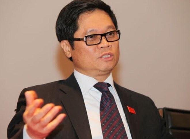 Ong Vu Tien Loc: 7.000 giay phep con dang 'hanh' DN hinh anh