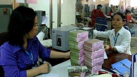 Vi sao Bo Tai chinh 'doi' ngan hang tra co tuc bang tien? hinh anh