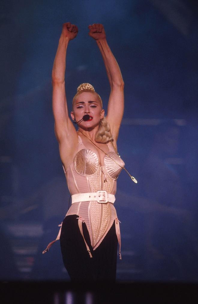Madonna la bieu tuong thoi trang anh 5