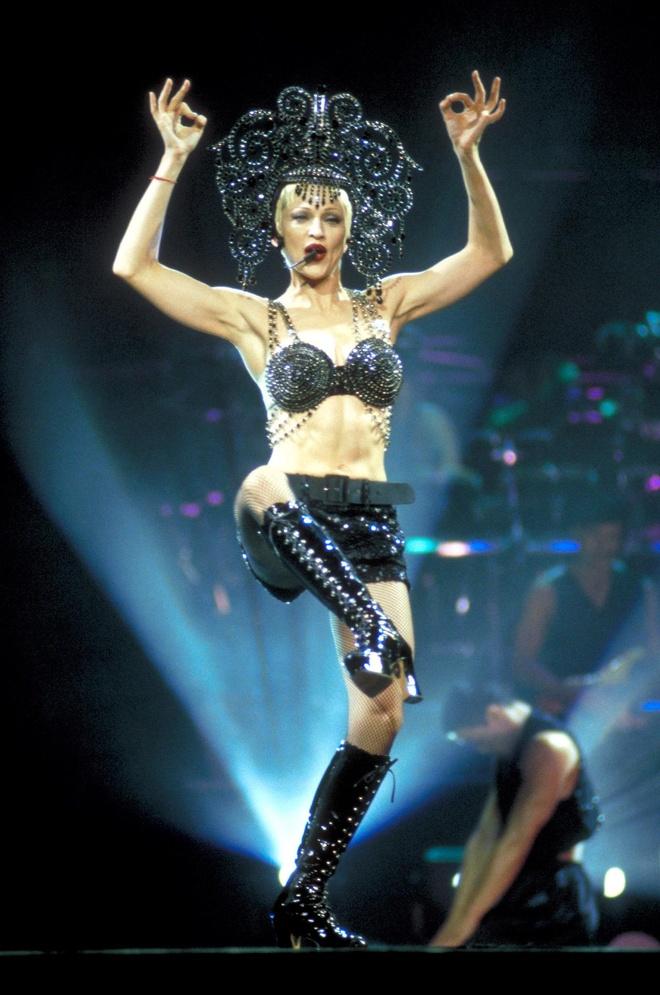 Madonna la bieu tuong thoi trang anh 7