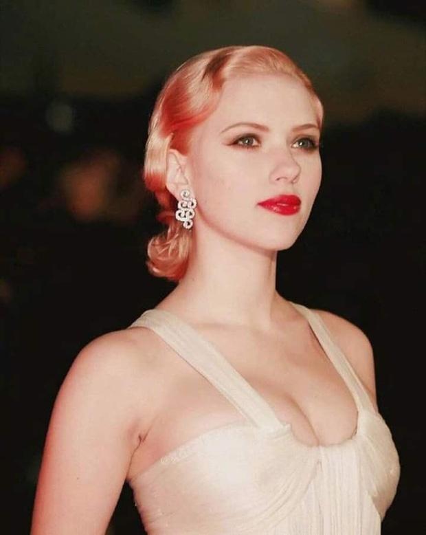 Ve dep thoi thieu nu cua Scarlett Johansson hinh anh 11