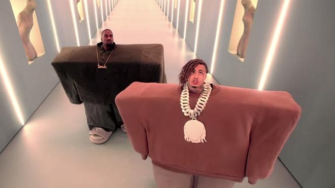 Rapper 'Gucci Gang' bi ran can khi quay MV hinh anh 2