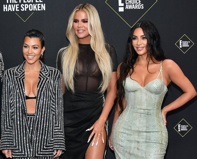 Kim Kardashian toa sang tren tham do sau khi giam 9 kg hinh anh 1