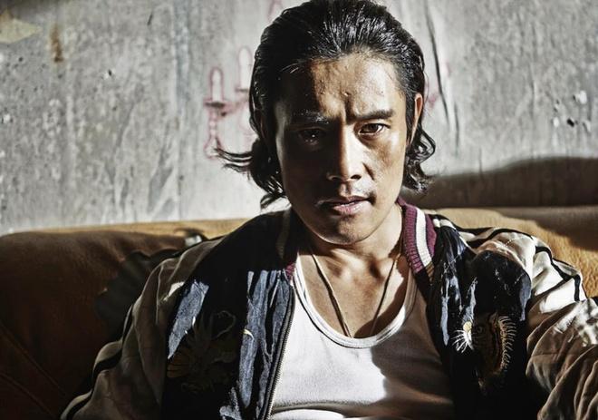 Lee Byung Hun dong hai phim ve tham hoa hinh anh 1