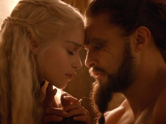 'Me Rong' buc xuc khi phai khoa than qua nhieu trong 'Game of Thrones' hinh anh 2
