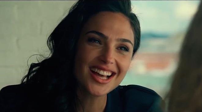 Nhung chi tiet thu vi trong trailer 'Wonder Woman 1984' hinh anh 1