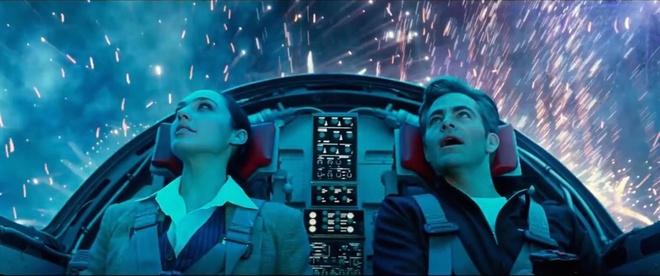 Nhung chi tiet thu vi trong trailer 'Wonder Woman 1984' hinh anh 9