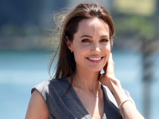 Angelina Jolie dep tu nho anh 14