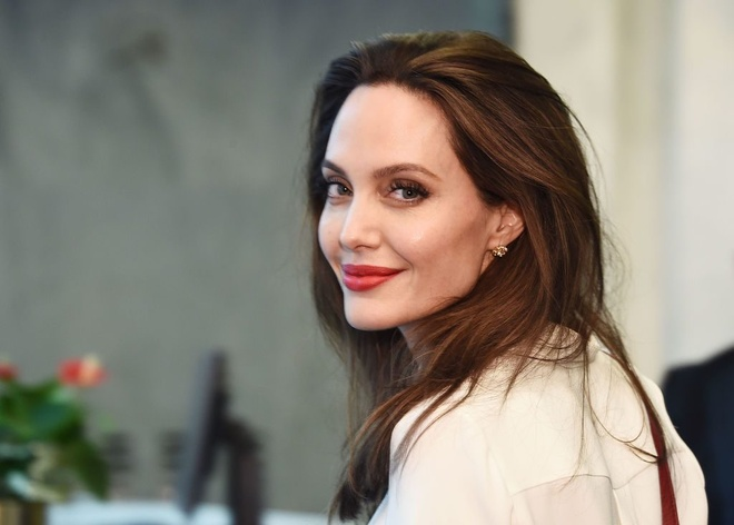 Angelina Jolie dep tu nho anh 15