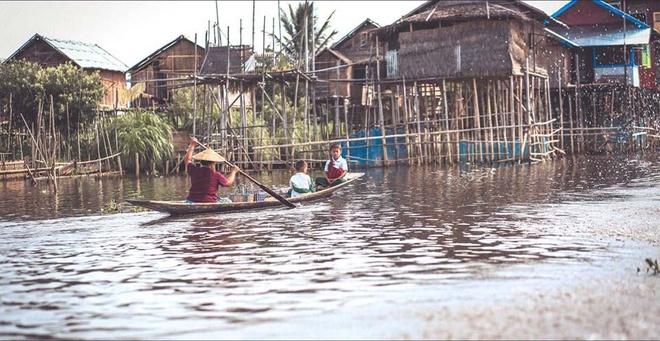 Ghe Myanmar chiem nguong ho Inle dep tuyet tran hinh anh 8