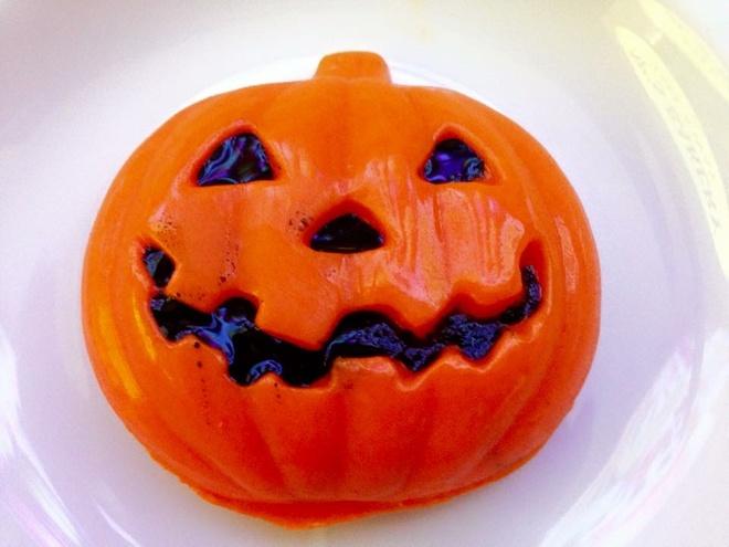 Do an tao hinh kinh di dip Halloween o TP.HCM hinh anh 9