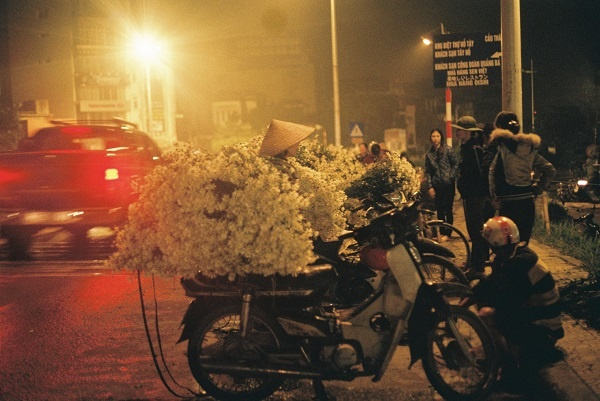 Cho hoa dem Quang Ba anh 3