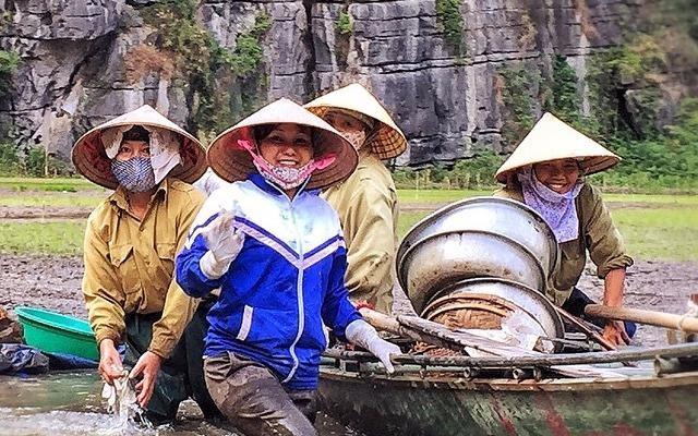Viet Nam binh di qua lang kinh cua dao dien 'Kong: Skull Island' hinh anh