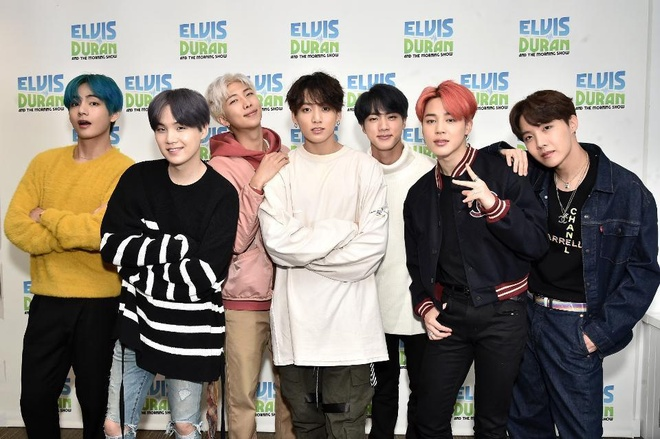 Kiếm 57 triệu USD, BTS là nhóm nhạc nam có thu nhập cao nhất thế giới - Ảnh 1