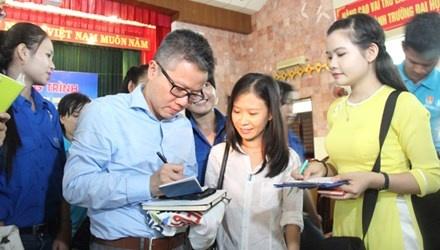 GS Ngo Bao Chau: Bo mo hinh truong chuyen THCS la dang tiec hinh anh