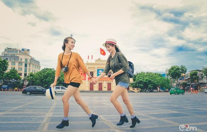 Trong 3 năm học phổ thông, cặp chị em Song Thảo đã khiến nhiều bạn bè thầy cô nhầm lẫn vì ngoại hình quá giống nhau