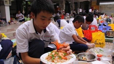Dong Nai: Moi truong phai day it nhat 2 nghe pho thong hinh anh