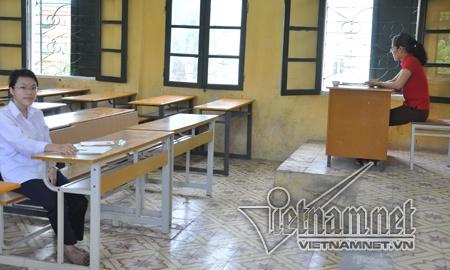 Giao vien phan hoi truoc thong tin mon Lich su 'bien mat' hinh anh 2 Câu chuyện 19 người phục vụ 1 thí sinh thi môn Lịch sử tại Hà Nội ở kỳ thi tốt nghiệp THPT năm 2014 nhận được nhiều ý kiến trăn trở. (Ảnh: Văn Chung)