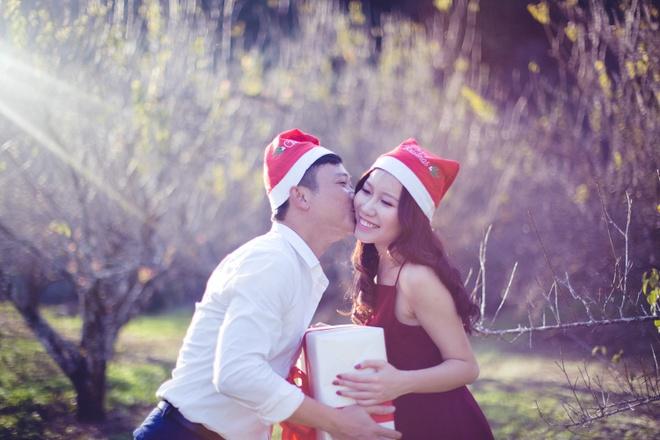 Anh cuoi Noel giua nui rung cua cap doi Ha Thanh hinh anh 5