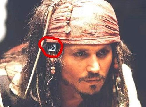 Brad Pitt, Johnny Depp dinh loi vi doan phim au hinh anh